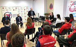 С. Горняков: Волонтеры-медики Волгоградской области помогают снизить нагрузку наполиклиническое звено