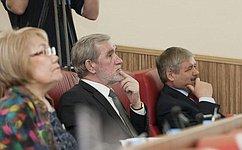 А. Ермаков посетил традиционную предновогоднюю встречу сГубернатором Ямало-Ненецкого автономного округа