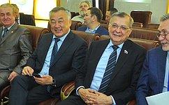 Б.Жамсуев иС.Жиряков приняли участие впервом в2018году заседании парламента Забайкальского края