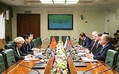 К. Косачев: Российско-вьетнамские межпарламентские контакты постоянно укрепляются
