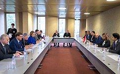 В.Матвиенко иПредседатель Палаты представителей Египта А. Абдель-Аль провели встречу «наполях» 135-й Ассамблеи МПС