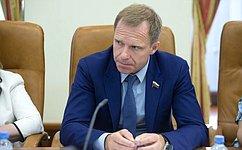 Контрольная функция региональных парламентов недостаточно законодательно урегулирована— А.Кутепов