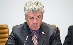 ВСовете Федерации готовы оказать поддержку гражданам, переселяемым иззакрытых военных городков— В.Бондарев