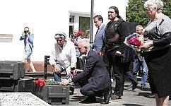 С.Рябухин принял участие воткрытии памятного знака «Дороги Великой Победы» вУльяновске
