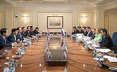 Председатель СФ В.Матвиенко провела встречу сПремьер-министром Лаосской Народно-Демократической Республики Т.Сисулитом