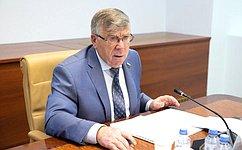 Состоялась рабочая встреча В.Рязанского спредседателем Пенсионного фонда РФ М.Топилиным
