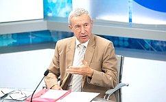 А. Климов выступил сзаявлением, посвященным подготовке кединому дню голосования вРоссии