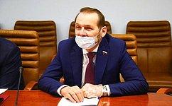 С. Белоусов: Подходы кразвитию пчеловодческой деятельности вРоссийской Федерации нужно менять