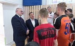 А.Клишас встретился сигроками футбольного клуба «Тотем»
