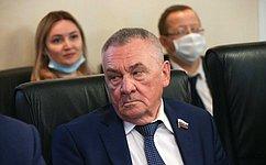 В. Бекетов: Проводимая вКраснодарском крае кропотливая работа попоиску молодых лидеров дает результаты