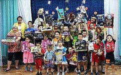 И. Кошин: Детям-сиротам особенно важно почувствовать себя сопричастными кважнейшим событиям нашей страны