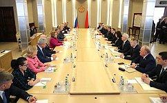 Россию иБеларусь связывают особые отношения, наша задача сохранять иразвивать их— В.Матвиенко