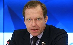 А. Кутепов: Конкурсный отбор для детских лагерей должен иметь всвоей основе нетолько стоимость путевки, ноиимиджевые показатели