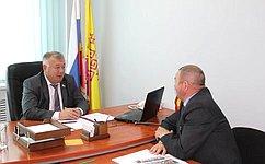 В.Николаев обсудил наприеме граждан вЧувашии вопросы поддержки инвалидов иремонта автодорог