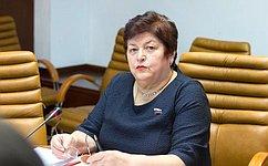 Прием граждан— важная часть работы законодателей всех уровней— Л.Козлова