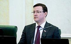 Органы местного самоуправления должны уделять особое внимание работе сактивной молодежью— Д. Азаров