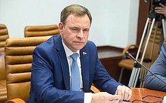 В. Новожилов открыл новые мастерские вВельском сельскохозяйственном техникуме