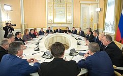 Члены Совета палаты СФ встретились сПредседателем Правительства