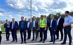 В. Новожилов проинспектировал реконструкцию моста через реку Вага вВельском районе Архангельской области