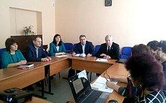 Г.Савинов провел встречу спреподавателями школы Сенгилеевского района Ульяновской области