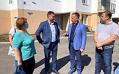 О. Алексеев проинспектировал ход реализации программы пообеспечению жильем детей-сирот вСаратовской области