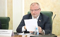 А. Клишас прокомментировал предлагаемые изменения взакон овыборах Президента РФ