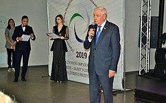 Вшколах Республики Коми успешно выстроена работа содаренными детьми— В.Марков