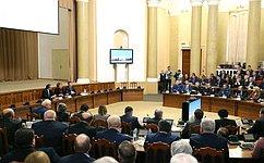 В.Матвиенко провела встречу спредставителями региональной власти иобщественности Липецкой области