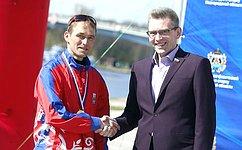 А.Костюков поздравил участников Чемпионата России поспортивному ориентированию, прошедшего вВеликом Новгороде