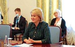 Л. Гумерова встретилась спредседателем Комитета поделам семьи иженщин Собрания Исламского Совета Ирана Ф.Гасемпур