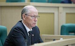 Н.Петрушкин провел прием граждан поличным вопросам вРегиональной общественной приемной вРеспублике Мордовия