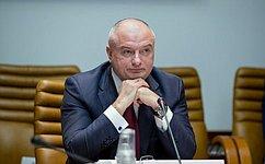 ВДень Конституции РФ А.Клишас рассказал студентам Таймырского колледжа оконституционном развитии страны