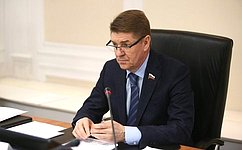 А. Шевченко: Мы обсудили ряд проектов социально-экономического развития Дагестана ивозможные пути их реализации