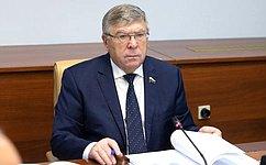 Вкаждом городе необходимо вовлекать пожилых граждан вобщественно значимые процессы— В.Рязанский