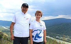 Т. Гигель встретилась сучастниками прошедшего вРеспублике Алтай велопробега, посвященного 75-летию Великой Победы