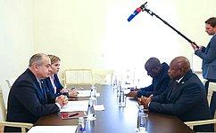 И. Умаханов встретился сглавами ряда национальных делегаций на137-й Ассамблее МПС вСанкт-Петербурге