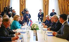 Председатель СФ В.Матвиенко встретилась сПредседателем Милли Меджлиса Азербайджана О.Асадовым