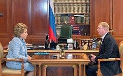 Председатель Совета Федерации В.Матвиенко провела встречу спредседателем правления РОСНАНО А.Чубайсом