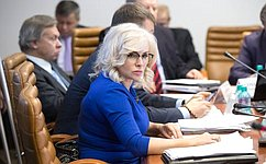 О.Ковитиди уверена, что Украина, нарушившая Минские соглашения, должна прекратить геноцид гражданского населения Донбасса