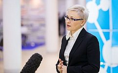 Л. Бокова: Законопроект осим-картах будет оперативно доработан ковторому чтению