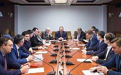 О. Мельниченко провел встречу спреподавателями истудентами РАНХ иГС