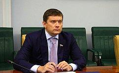 Н. Журавлев: Необходимо обеспечить возможность пополнения транспортных ишкольных карт наличными средствами