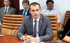 С.Леонов: Нужно поддерживать организации, занимающиеся увековечением памяти жертв политических репрессий