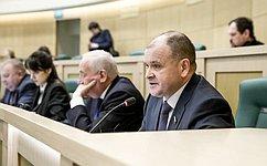 Проблемы пригородных железнодорожных перевозок ииспользования межбюджетных трансфертов обсудили сенаторы на«парламентской разминке»