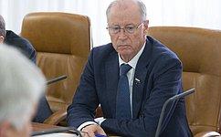 Входе приема граждан вМордовии Н.Петрушкин рассмотрел вопросы ЖКХ, социальной поддержки, медицинского обслуживания