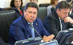 Занимать государственные должности должны люди сбезупречной репутацией— В.Полетаев