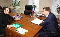 В.Харлов обсудил сжителями Ульяновска вопросы здравоохранения, социальной защиты иреновации жилья