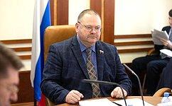 О. Мельниченко: Закон озапрете хостелов принят сучетом позиции Совета Федерации онеобходимости переходного периода