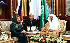Председатель СФ обсудила сПредседателем Консультативного совета Саудовской Аравии развитие межпарламентских отношений
