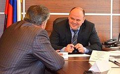 А.Дмитриенко обсудил сжителями Пензы вопросы социального обеспечения, жилищного иземельного законодательства
